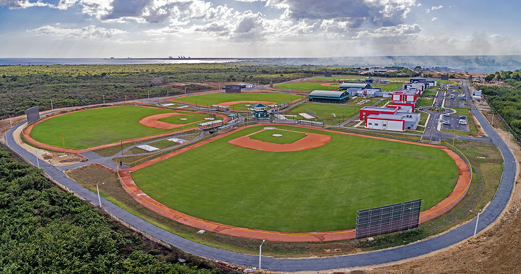 Twins and Phillies Baseball Academy